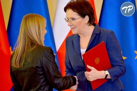 Premier Ewa Kopacz uhonorowała najzdolniejszych uczniów.