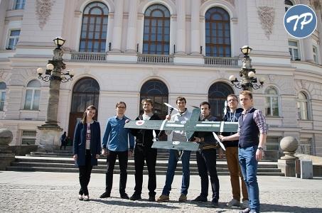 Studenci z Politechniki Warszawskiej wystartują na zawodach UAV Challenge Medical Express 2016 w Australii.